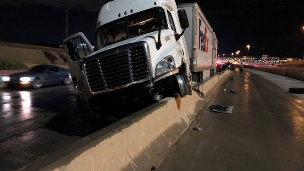 All lanes on I-10 west at Executive closed due to multivehicle crash