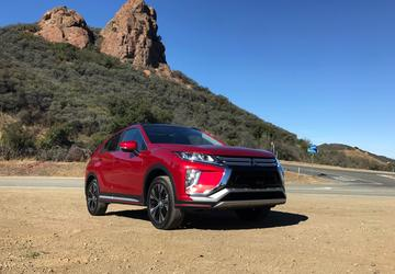PHOTO GALLERY: 2018 Mitsubishi Eclipse Cross