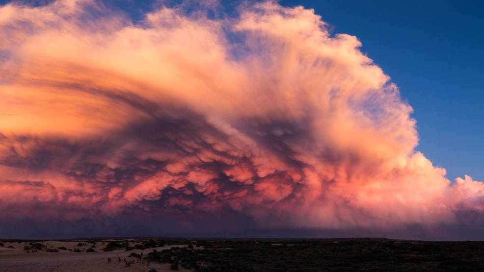 Be. In. Awe. Storm chaser gets incredible videos of supercell thunderstorms