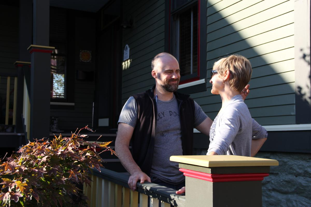 Chris & Kim Nietch, outside of their Columbia Tusculum home. (Image: Clay Griffith / Cincinnati Refined)